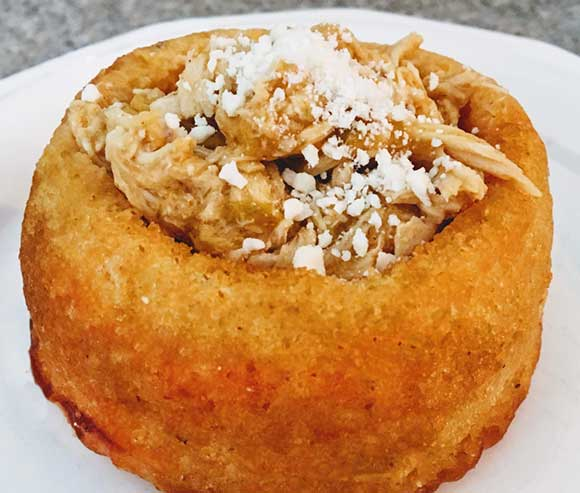 Cornbread Bowl with Chicken and Cheese